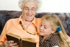 бабушка и дедушка: враги или друзья?