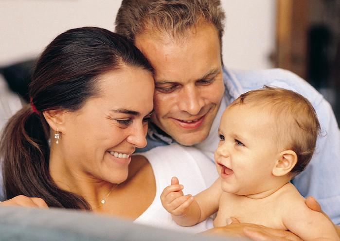 как сохранить отношения в паре после рождения ребенка